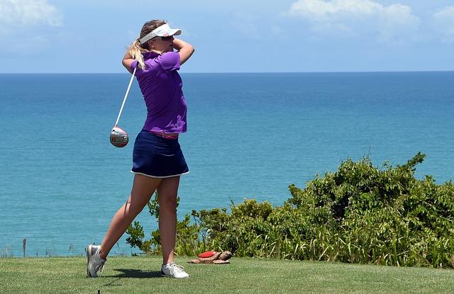 golfer 2093095 640 - สนามกอล์ฟชั้นนำในภูมิภาค